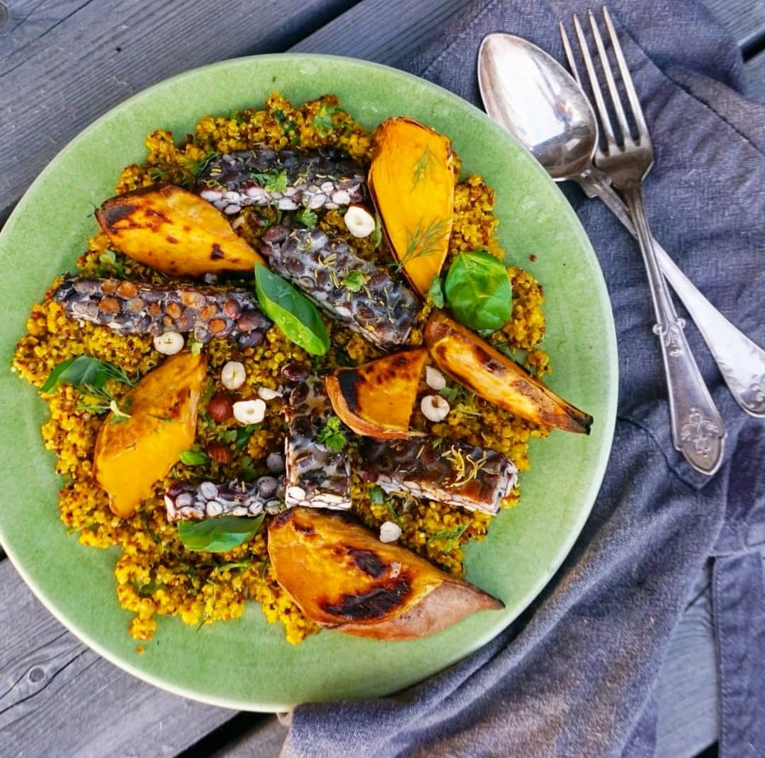TEMPEH with Saffron Quinoa Salad
