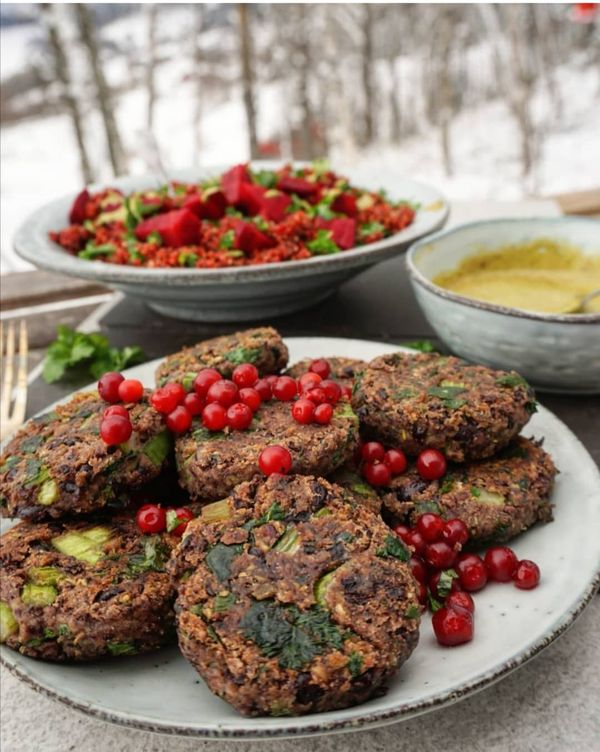 Black Bean and Spinach Patties with Pistachio Sauce